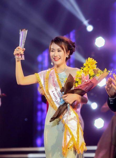 Kết quả hình ảnh cho Ngô Mai Phương - Á khôi 1 Nữ sinh Việt Nam duyên dáng 2016