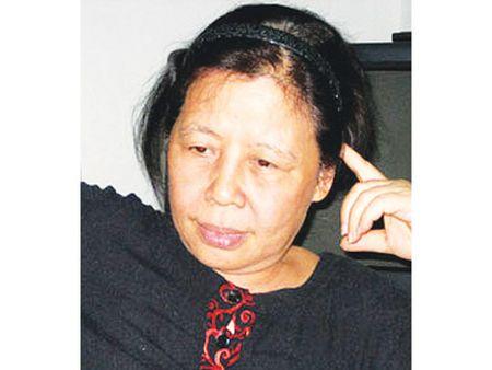 Nha van Le Minh Khue: Noi xa lai nghi den gan ma lo! - Anh 1