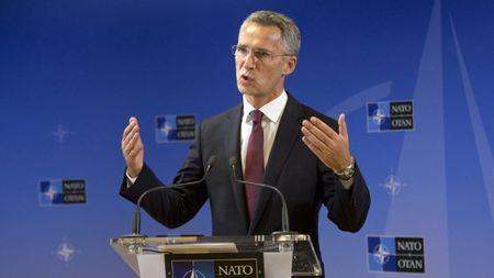 NATO se hop bat thuong theo de nghi cua Tho Nhi Ky - Anh 1