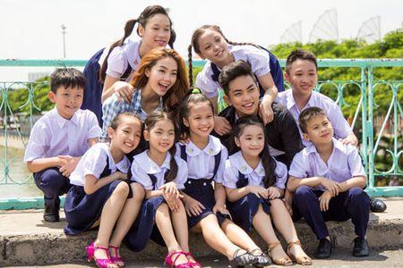 """Phan Hien """"met muon xiu"""" khi lan dau lam bo - Anh 1"""
