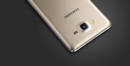 Samsung trinh lang bo doi gia re Galaxy On5 va On7 - Anh 2