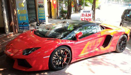 Lamborghini Aventador mui tran dau tien lan banh o Hai Phong - Anh 1