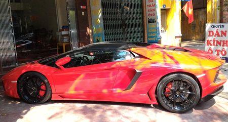 Lamborghini Aventador mui tran dau tien lan banh o Hai Phong - Anh 2