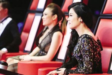 Thu Phuong va ngay tro ve chim ngap trong scandal - Anh 2