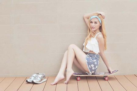 """Can canh hot girl Kelly sau 5 lan """"dao keo"""" - Anh 14"""