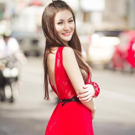 """Can canh hot girl Kelly sau 5 lan """"dao keo"""" - Anh 3"""