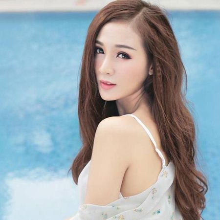 """Can canh hot girl Kelly sau 5 lan """"dao keo"""" - Anh 8"""