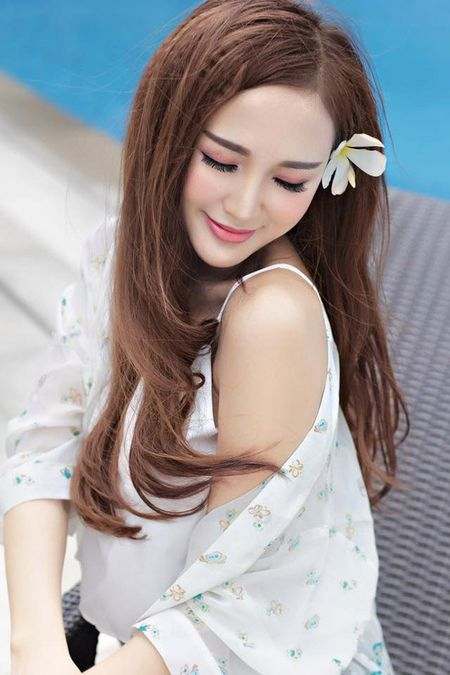 """Can canh hot girl Kelly sau 5 lan """"dao keo"""" - Anh 9"""