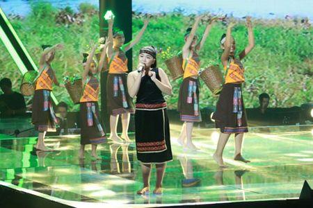 """Cong chua toc may"""" Hong Minh dang quang The Voice Kids 2015 - Anh 10"""