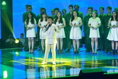 """Cong chua toc may"""" Hong Minh dang quang The Voice Kids 2015 - Anh 2"""