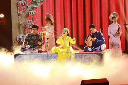 """Cong chua toc may"""" Hong Minh dang quang The Voice Kids 2015 - Anh 4"""