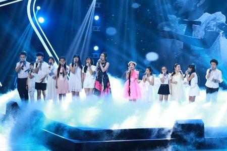 """Cong chua toc may"""" Hong Minh dang quang The Voice Kids 2015 - Anh 9"""