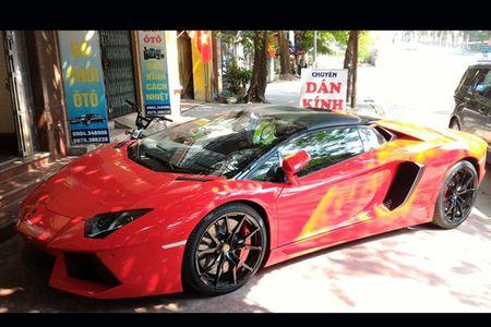 Lamborghini mui tran 24,5 ty lan banh tren pho Viet - Anh 5