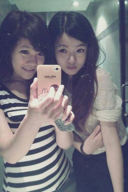 Hot girl fan MU Tu Linh khac la voi mai toc dai - Anh 10