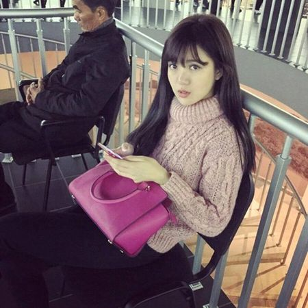 Hot girl fan MU Tu Linh khac la voi mai toc dai - Anh 5