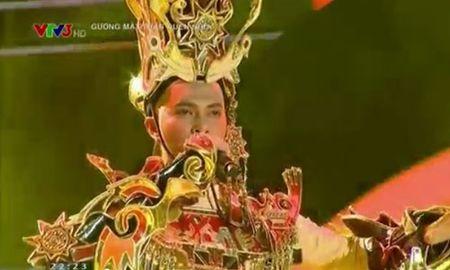 Phuong My Chi hat nhat, doi Khanh Ngoc len ngoi - Anh 2