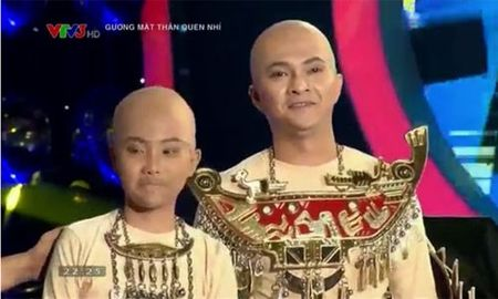 Phuong My Chi hat nhat, doi Khanh Ngoc len ngoi - Anh 4