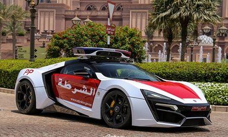 Ngam dan sieu xe cuc manh cua canh sat Abu Dhabi - Anh 1