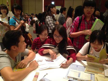 Khai mac trien lam du hoc Han Quoc-Viet Nam 2015 - Anh 2