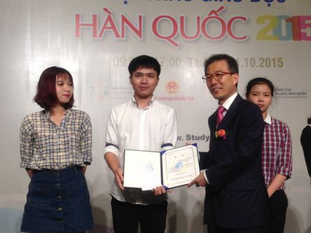 Khai mac trien lam du hoc Han Quoc-Viet Nam 2015 - Anh 5