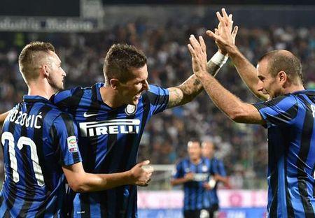 Goc Inter: Khi Mancini nhan ra loi lam - Anh 2