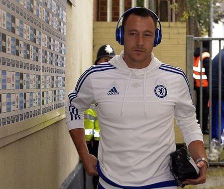 TRUC TIEP West Ham - Chelsea: Cahill dua tran dau tro lai vach xuat phat - Anh 7