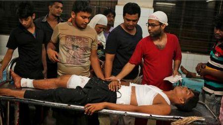 Danh bom o Bangladesh: Hon 100 nguoi thuong vong - Anh 1