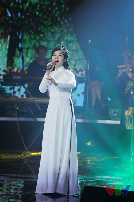 """Bai hat yeu thich: Bui Anh Tuan chinh phuc fan nu voi """"Bi mat khong ten"""" - Anh 6"""