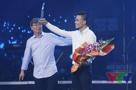 Hoai Lam vang mat khi nhan giai thuong Bai hat yeu thich - Anh 1