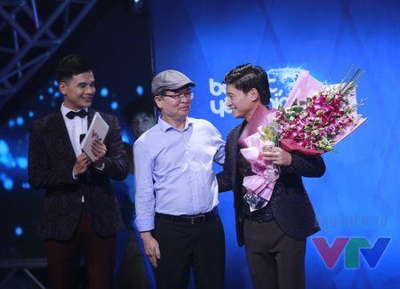 Hoai Lam vang mat khi nhan giai thuong Bai hat yeu thich - Anh 2