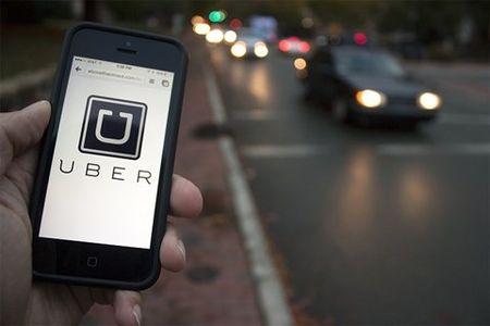 Kien nghi tam ngung hoat dong cua taxi Uber va Grab - Anh 1