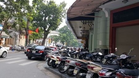 Duong pho Ha Noi the nao sau mot thang cong an tuan tra bang xe dap? - Anh 3
