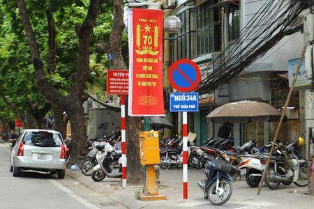 Duong pho Ha Noi the nao sau mot thang cong an tuan tra bang xe dap? - Anh 9