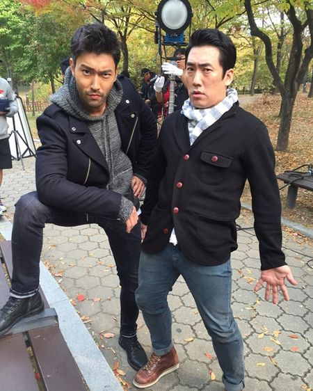 Sao Han 24/10: My nam 'She was pretty' khoe hanh tay kute, Jessica nhu 'gai que' - Anh 8