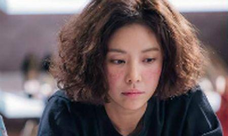 Sao Han 24/10: My nam 'She was pretty' khoe hanh tay kute, Jessica nhu 'gai que' - Anh 9