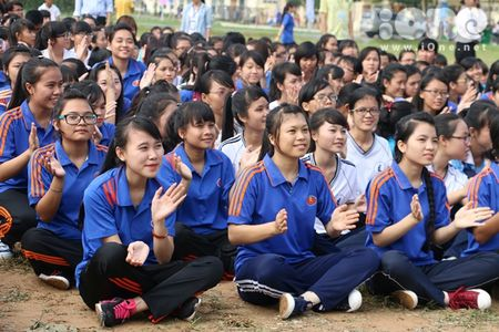 400 sinh vien xep tranh ASEAN hoi nhap xac lap ky luc Viet Nam - Anh 3