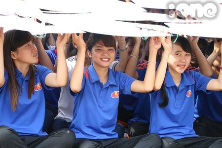 400 sinh vien xep tranh ASEAN hoi nhap xac lap ky luc Viet Nam - Anh 9