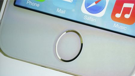 iPhone tiep theo se co thay doi lon ve thiet ke - Anh 1