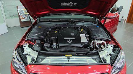 Anh chi tiet Mercedes C300 AMG 2015 tai Viet Nam - Anh 18