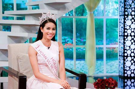 Phut trai long 'cham den trai tim' cua hoa hau Pham Huong - Anh 3