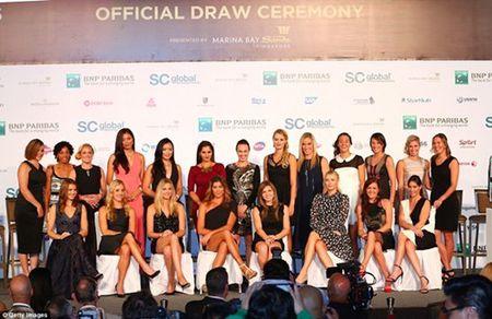Dan my nu khoe sac trong le boc tham WTA Finals - Anh 1