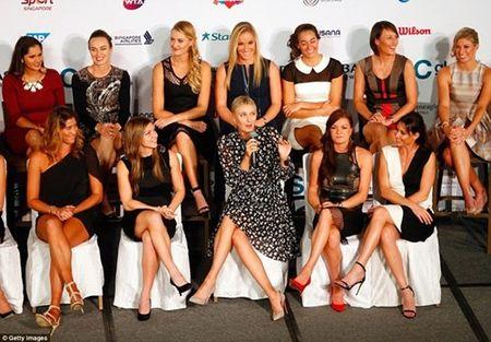 Dan my nu khoe sac trong le boc tham WTA Finals - Anh 2