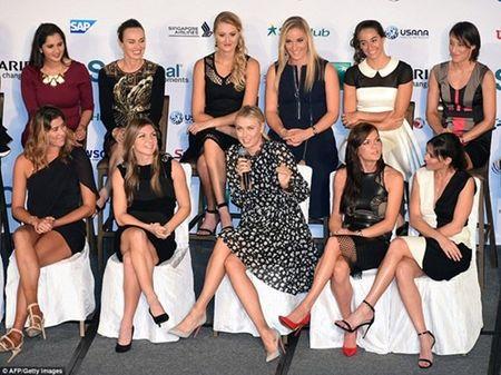 Dan my nu khoe sac trong le boc tham WTA Finals - Anh 3