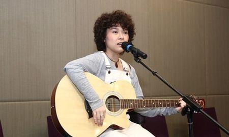 Fan 'choang' voi ca khuc moi cua Tien Tien - Anh 1