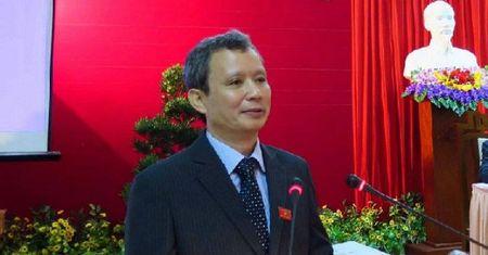 Ong Le Truong Luu tiep tuc giu chuc Bi thu Tinh uy Thua Thien-Hue - Anh 1
