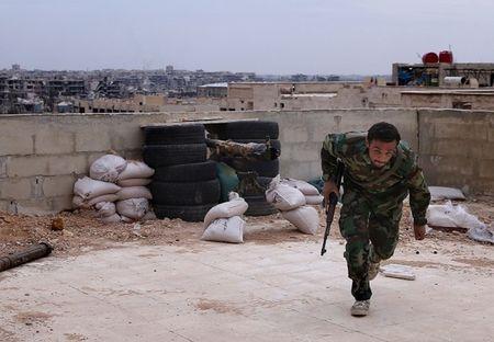 Tin nong 24h qua: Chien su Syria, Iraq nhieu dien bien moi, mau thuan Bien Dong tang cao, thue phi trong nuoc ngay cang them ap luc - Anh 1