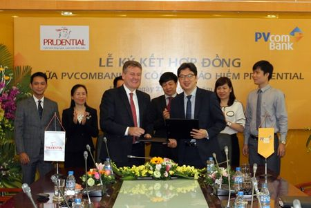 Prudential hop tac voi PVcomBank - Anh 1