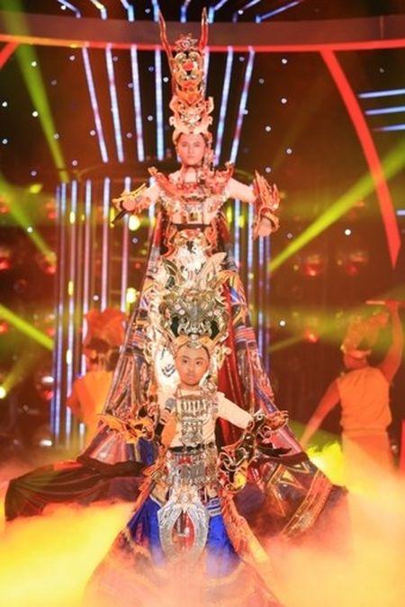 Guong mat than quen nhi: Trang Thu bi cat tiet muc, Phuong My Chi thap diem nhat - Anh 4
