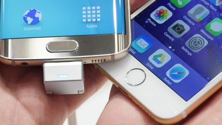 Galaxy S6 Edge+ 'so gang' cung voi iPhone 6S Plus - Anh 1