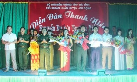 "Dien dan thanh nien ""Nguyen Du voi Truyen Kieu"" - Anh 1"